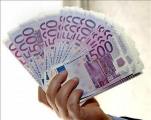 Ragazzi trovano e restituiscono 1000 euro